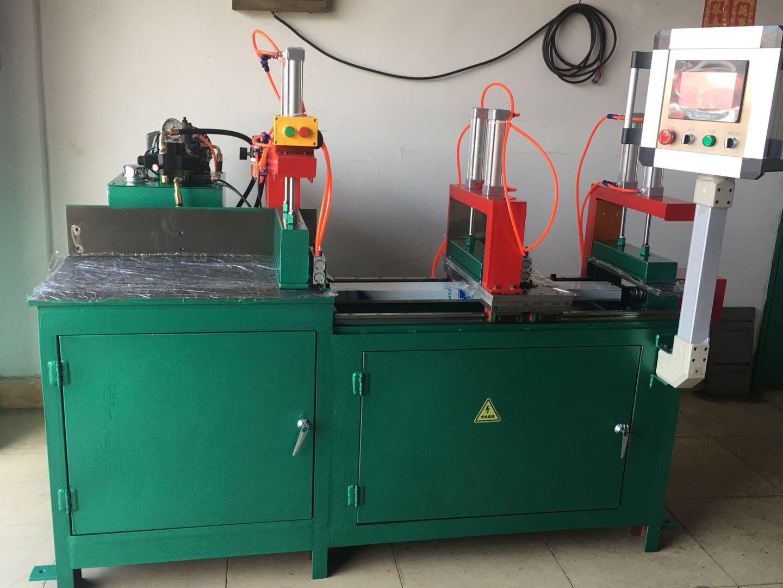 全自动铝型材切割机
